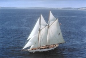 Adventuress under sail - photo courtesy Sound Experience