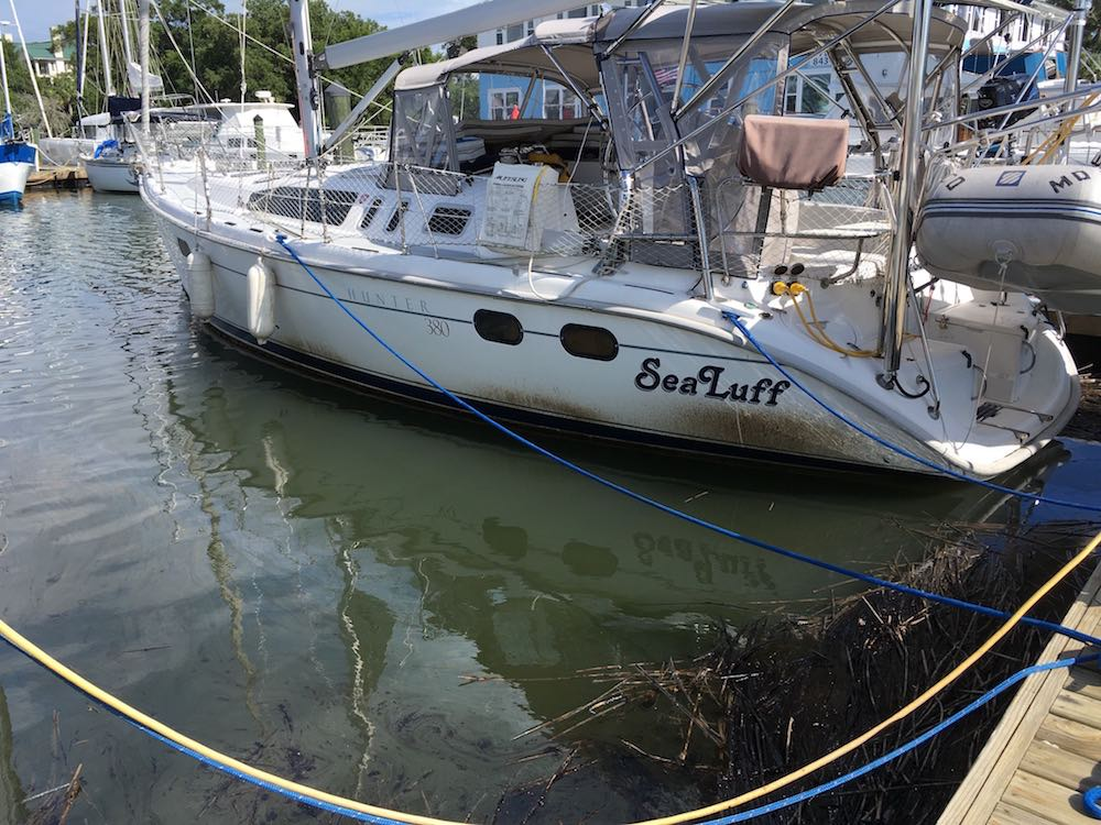 oil splashed on boat hulls by waves after oil spill